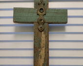 Large Rustic Wood Cross Chippy Paint Country Cottage Cross Rustic Wedding Home Decor Jesus Primitive Natural Beach House Easter