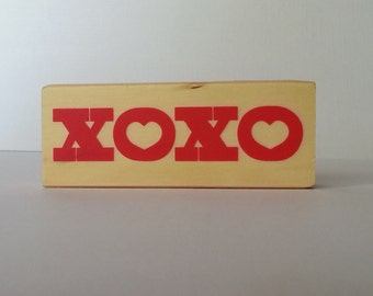XOXO Wooden Mounted Rubber Stamping Block DIY cards, scrapbooking, tags, Invitations, Greeting Cards, and Scrapbooking