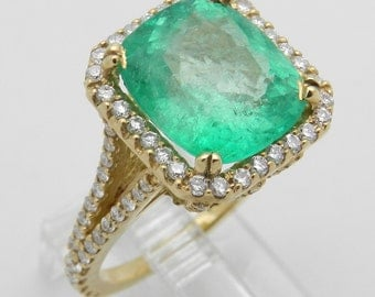 6.78 ct Diamond and Green Emerald Halo Engagement Ring 14K Yellow Gold Size 6