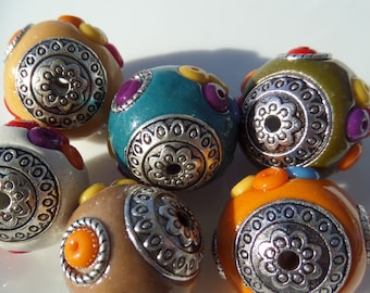 20mm Indonesian Chunky Beads, 4ct, Mixed Color rhinestone accents, other colors available, Chunky necklace S32