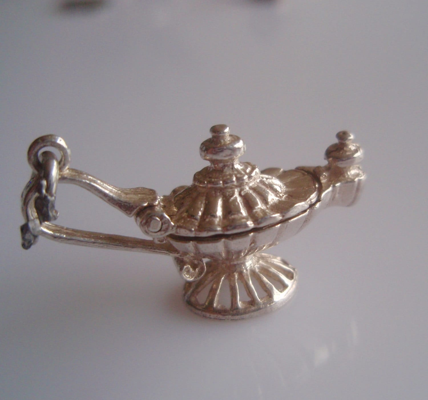 Silver Genie In A Lamp Opening Charm