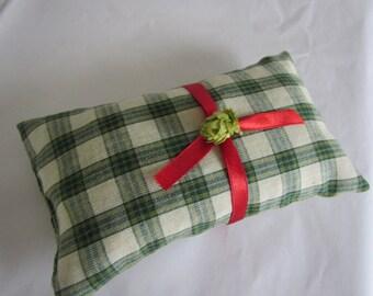 Cottage Plaid Hops Pillow - Hops Sachet Pillow - Hops Aromatherapy Pillow