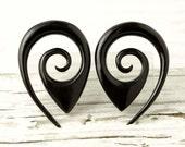 """Oval Drop Gauge Earrings Black Horn Expanders Gauges  16g 14g 12g 10g 8g 6g 4g 2g 0g 00g 1/2""""- GA014 H"""