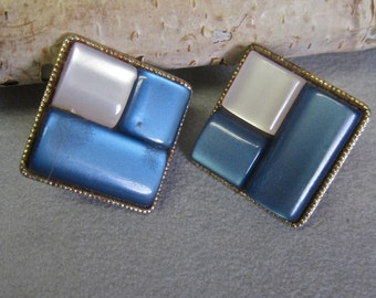 Moonglow Earrings Square Thermoset Lucite Blue White Gold Trim Modernist Abstract 50s Rockabilly Clip On Button Style