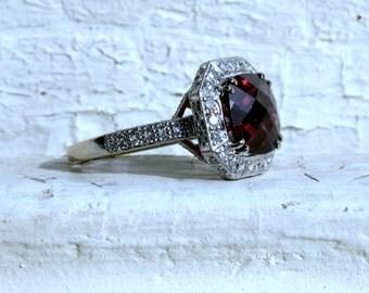 Vintage 18K White Gold Diamond and Pink Tourmaline Halo Ring - 3.77ct.