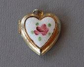 Vintage Heart Locket Pendant Guilloche Enamel Rose White Heart Gold Tone Photo Locket 1960's // Vintage Costume Jewelry