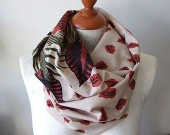 Fall foliage infinity scarf / fall leaves loop scarf / chunky cotton autumn scarf / ochre rust and beige shawl / fall scarf / handmade scarf