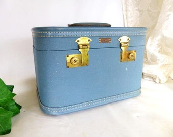 Aero Pak Luggage, Travel Case,  Overnight Luggage,  Blue Makeup Luggage