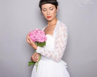 SALE -20% !!!! BRIDAL SHRUG wedding bolero long sleeves wave pattern lace knitted in light cream