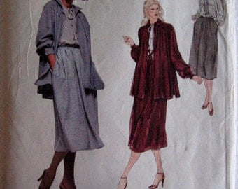 Vogue American Designer Bill Blass  Womens Misses Jacket Skirt and Blouse Sewing Pattern 1946 UC Uncut FF Size 12