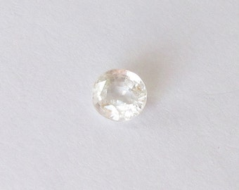 Natural Yellow Sapphire, Unheated, Oval Cut, 1.80 carat