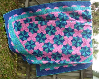 Twisting Stars Pink and Blue Queen Size Quilt