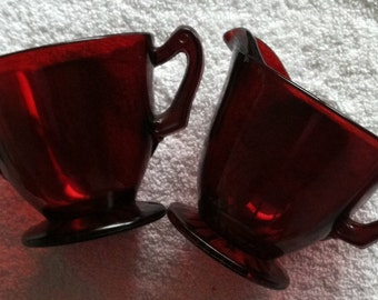 Red Sugar and Cream Dishes