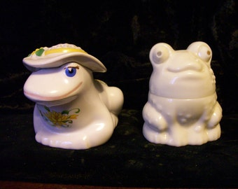 Frogs Set of 2