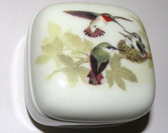 Otagiri Japan Hummingbirds and Babies Trinket Box