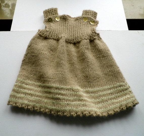 Baby hose unterm kleid