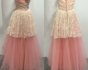 1950s Pink Lace & Tulle Prom Dress.