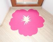 Hibiscus flower rug. Door mat flower shape.