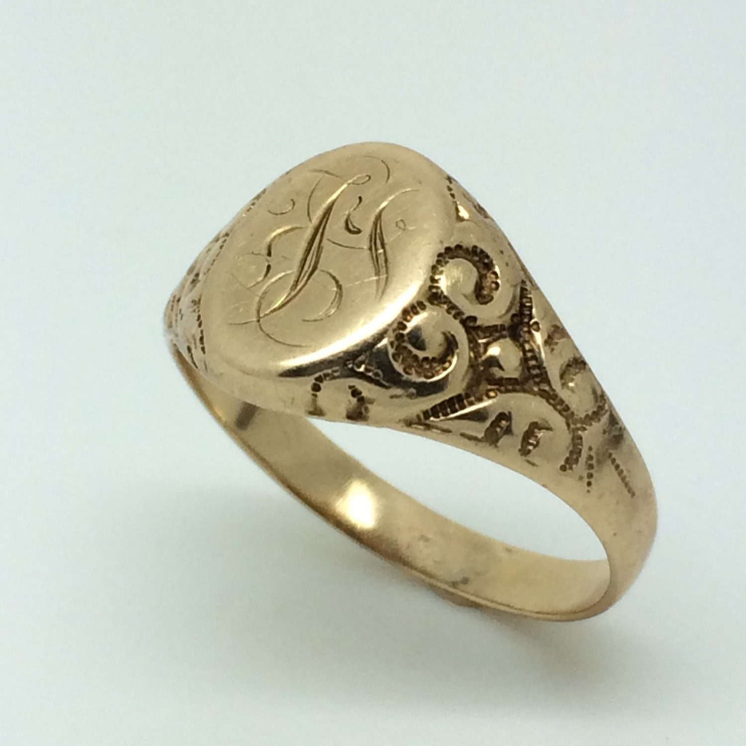 lovely signet ring in 10k yellow gold by estatejewelrymama