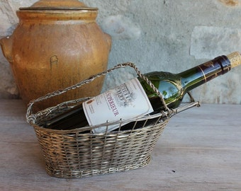 Wine bottle carrier Vintage French /  Basket Wire