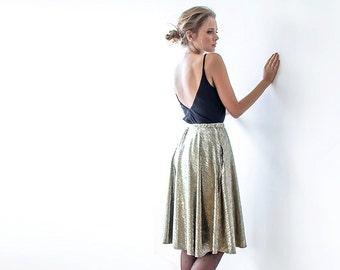 Metallic gold knee-length skirt with pockets, Metallic party skirt