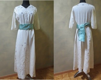 Crisp White Linen Edwardian Tea or Wedding Dress with 5 Panels of Fabulous Hand Embroidery, French Knots