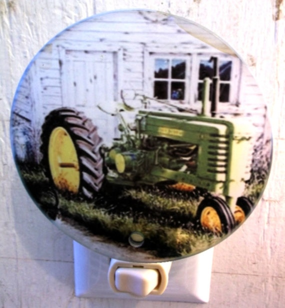 green tractor B night light, antique tractor night light, farm night light, kitchen night light, bathroom night light, pretty night light