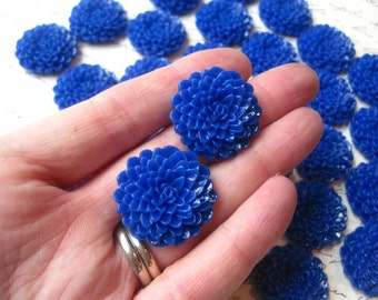 Royal Blue Mum Cabochons / 6 pcs Blue Cabochon Flower, Dahlia, Flat Back Flower, Perfect for Bobby Pins, Pendants and More