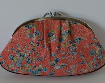 Clutch purse, pink floral chirimen, 1960s vintage Japanese