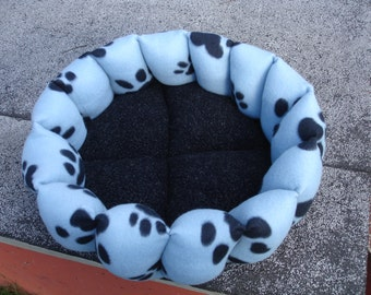 Cat bed, dog bed, paw print, round bed, washable pet bed, pet bed