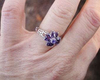 Purple ring, vintage ring,flower ring, purple heart ring, amethyst ring, filigree ring, heart ring, gift for her, birthstone ring