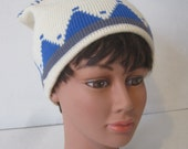 White Stag Hat Beanie Winter Triangle Geometric Print White Blue 100% Wool Womens Vintage E928s