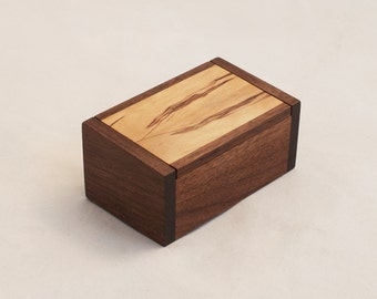 Inlaid Walnut Keepsake Box