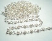 10 feet - Bright silver plated acrylic white pearl link chain - m97w