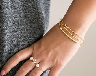 Slim Curve Bar Bracelet, Gold / Silver / Pink Gold, Minimalist Jewelry, Girlfriend Gift, LJ bj, As Seen on Buzzfeed