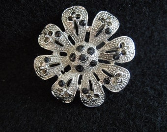 Vintage Flower Brooch, Silver Tone with Black Beads, Pretty.
