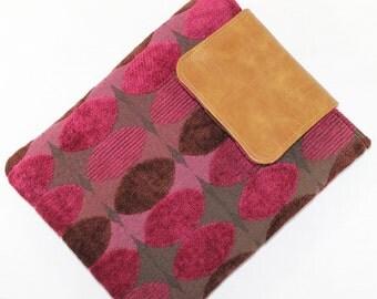 CLEARANCE  Raspberry Geo Padded case iPad 2 3 4 w / keyboard sleeve cover