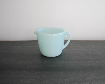 Fire King AZURITE creamer cup - blue FIRE KING - vintage d-handle