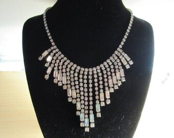 Stunning Rhinestone Drape Necklace, Excellent Condition