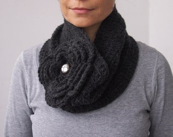 Crochet PATTERN women cowl woman  neckwarmer with oversized flower  loop scarf DIY tutorial Instant download