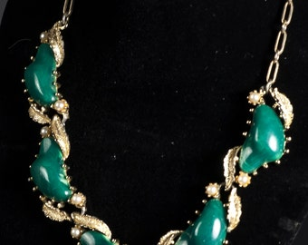 Vintage Coro Green Plastic And Gold-Tone Necklace
