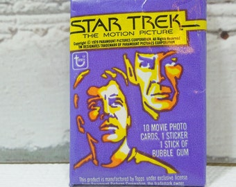Vintage Trading Cards.  Star Trek The Motion Picture. 1979. Kirk. Spock. Bones. Sulu. Scotty. Uhura. Great Sci-Fi TV Shows.
