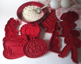 Vintage Red Tupperware Cookie Cutters 8  EASTER Bunny All Seasons  Holidays  Christmas  Thanksgiving   Halloween  Birthday