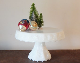 have your cake – milk glass cake stand, grape relief pattern, Anchor hocking, 1960s, wedding décor, with original box