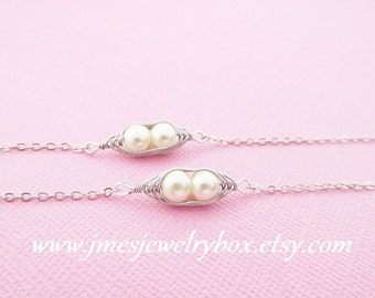 Two peas in a pod best friend bracelet set - Cream