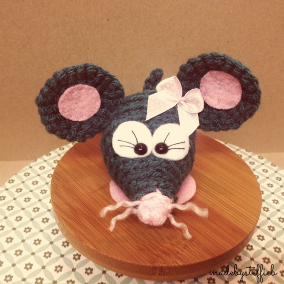 Lucy the mouse, little cutie, crochet amigurumi