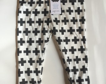 Plus Sign Leggings Black & White 12-18M