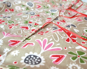 Upgrade your tablecloth for Outside tablecloth with a hole for umbrella OR Christmas Tree skirt