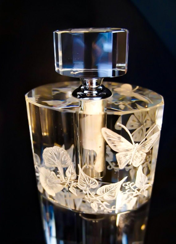 Bottleengraving, Perfume Bottle,  Hand engraved,  Crystal Perfume Bottle, Hand Engraved, flowers, oleg cassini, butterfly, collectible, sign