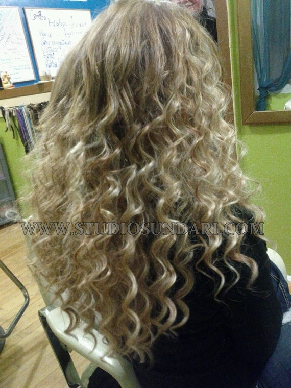 Pre Bonded Curly Human Hair Extensions Remy Indian Hair